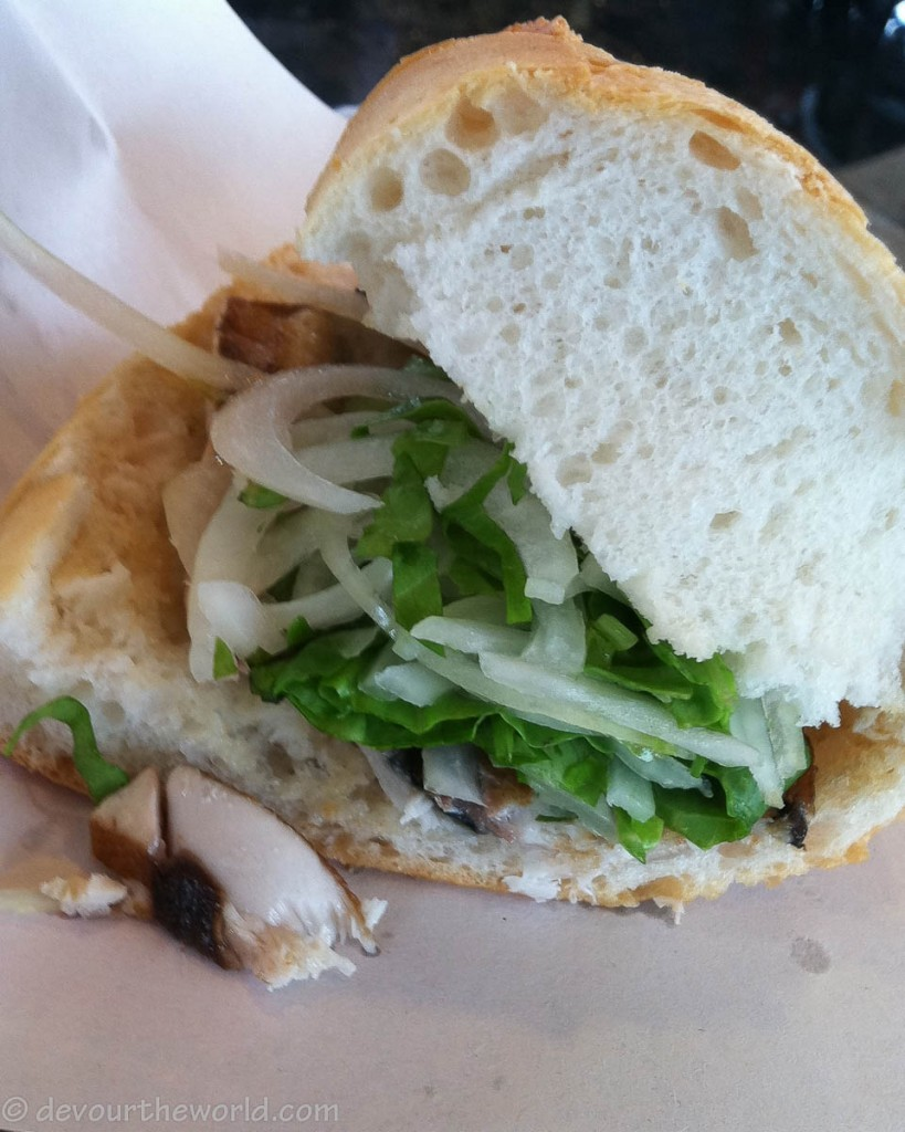 Turkey best fish sandwich in istanbul for Who has the best fish sandwich