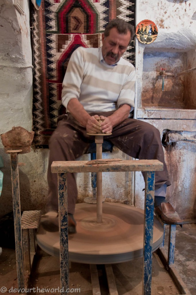 Avanos Turkey  city photos gallery : Avanos, Turkey: Search for the Red Clay Turkish Pottery for Pottery ...